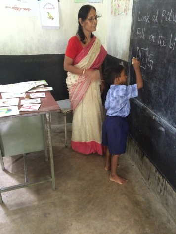 Kolkata 2015: 1st grade at Penthakata primary school