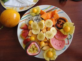 A delicious variety of organically produced fruits from Colombia (2011)